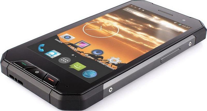 Nomu V1600 противоударный телефон также известен под названием Evolveo Strongphone Q7