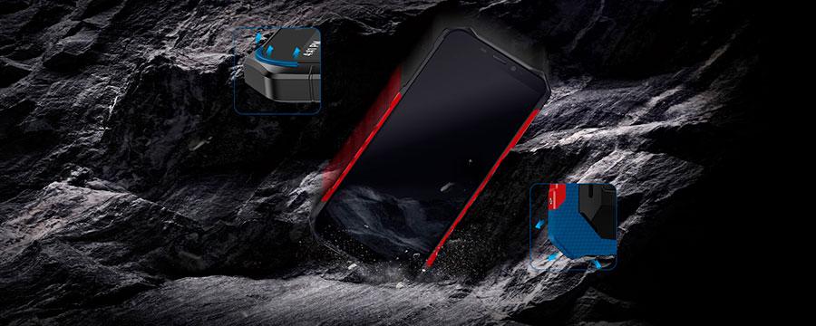 Ulefone Armor X3 2/32GB Black может пребывать под водой на глубине 1,5 м в течение 30 мин., а в растворе бетона на глубине 1 м в течение 24 ч
